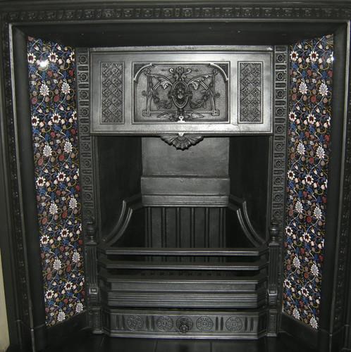 William Morris Evenlode Arts & Crafts Tile Set