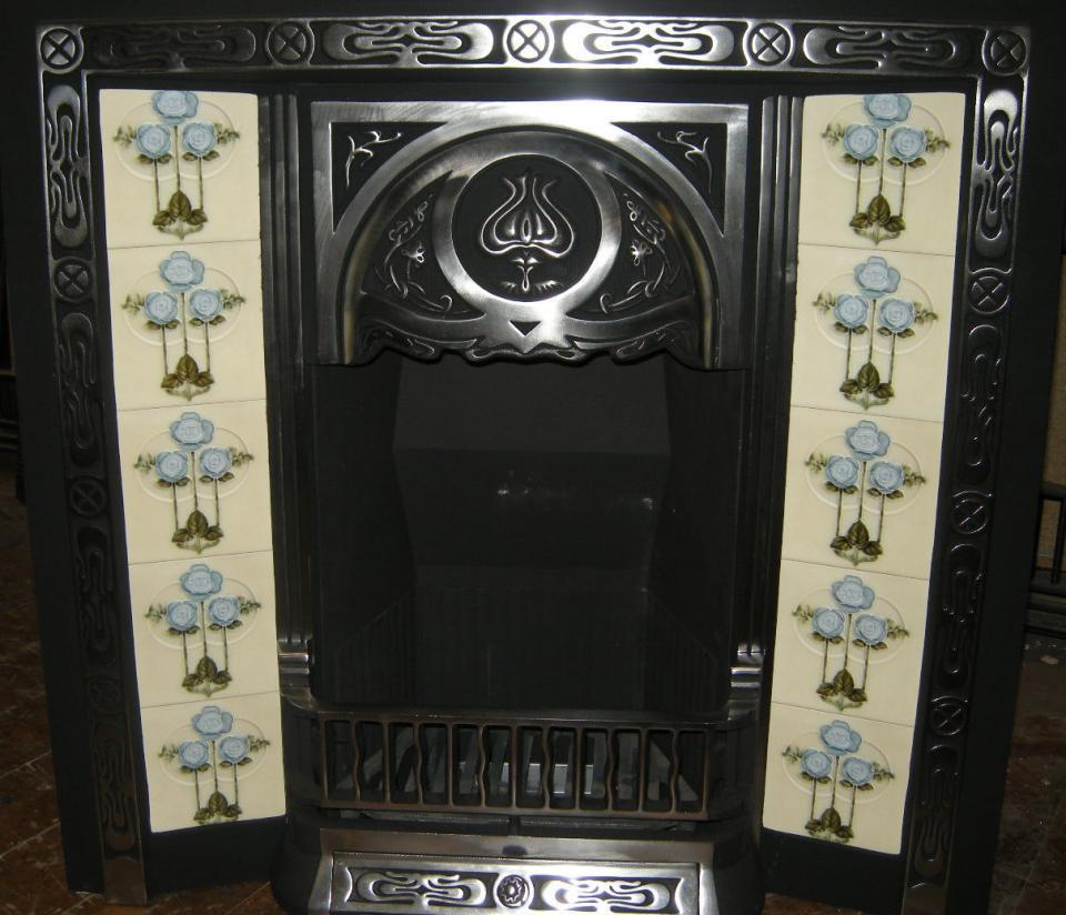 Art Nouveau / Arts & Crafts Fireplace Tiles ref an 45 set