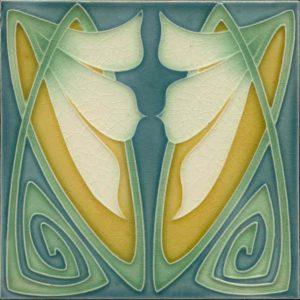Art Nouveau / Arts & Crafts floral tile ref 20