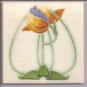 Art Nouveau / Arts & Crafts floral tile